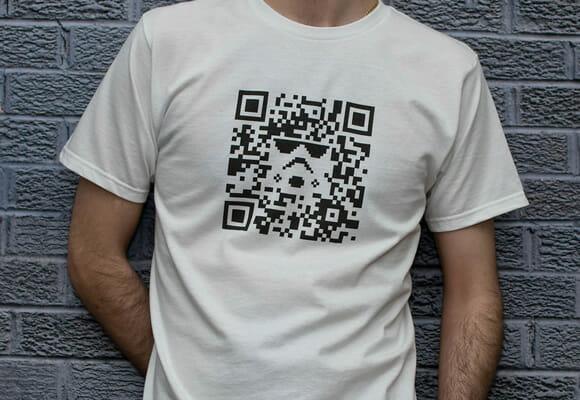 Camiseta geek do dia: QR Code Stormtrooper
