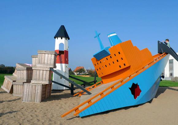 Os playgrounds inusitados da Monstrum