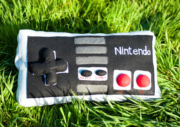 Almofadas do Game Boy e de controles da Nintendo