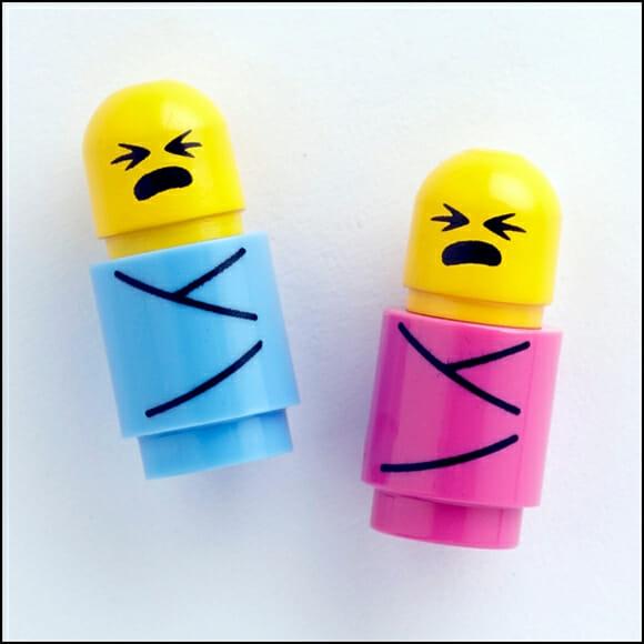 Eles nasceram! Chegaram os bebês de LEGO!