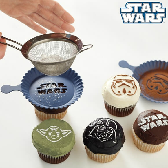 Biscoitos e cupcakes do Star Wars