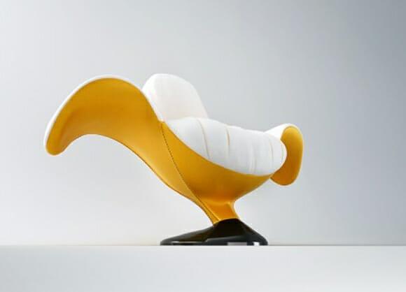 Cadeira em forma de banana