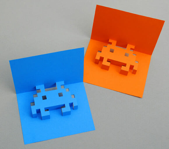 Cartões pop up dos Space Invaders