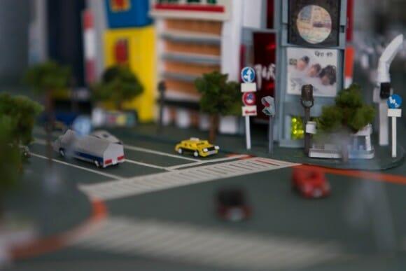 Artista cria miniatura incrível de Tóquio feita de papel