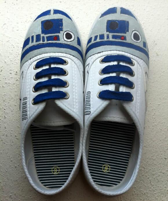 Tênis do R2-D2, Pikachu, Homem-Aranha e Tardis