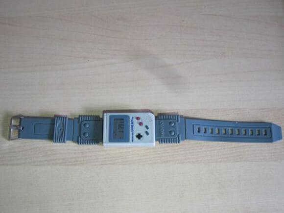 Relógio Game Boy é leiloado no eBay