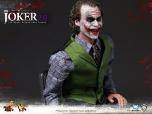 hot-toys-dx-joker-2.0_2
