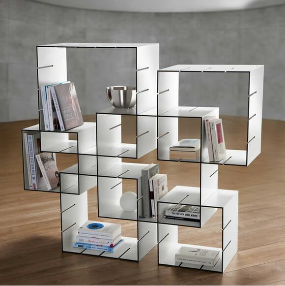 Estante de livros modular criativa permite que você mude o visual dela sempre que quiser