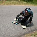 Canadense quebra recorde mundial de velocidade máxima com Skate