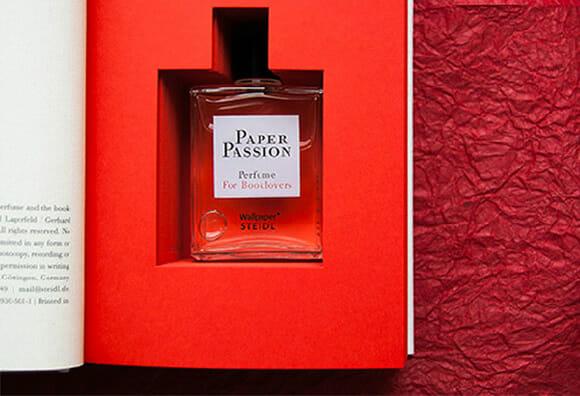 Empresa lança perfume para E-books que os deixa com cheiro de livros. OH WAIT!