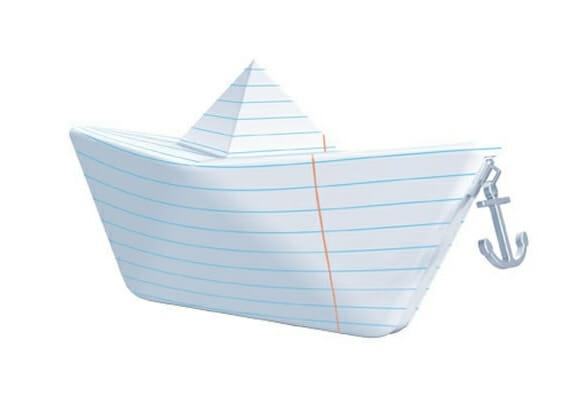 Estojo em forma de barco de papel