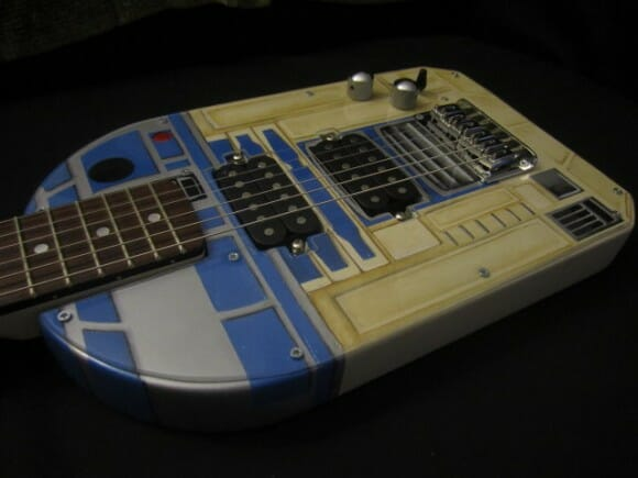 Guitarra R2-D2. AWESOME!