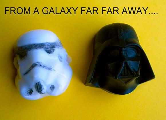Sabonetes Star Wars tem formato da Millennium Falcon e dos capacetes do Darth Vader e Stormtrooper