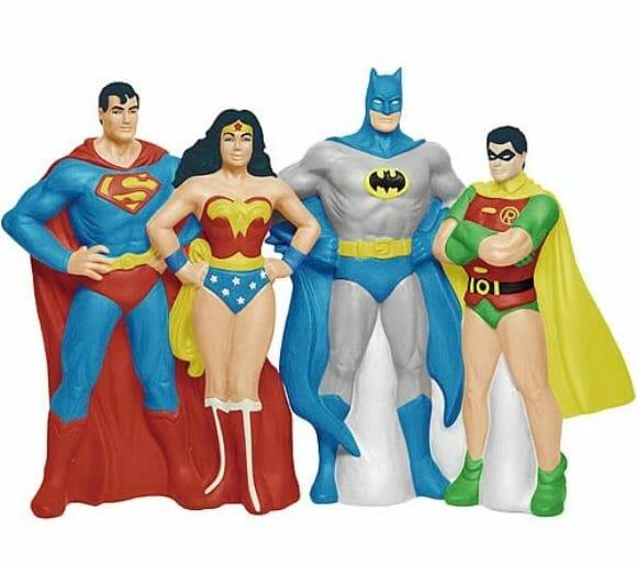 Saleiro e pimenteiro dos heróis da DC Comics