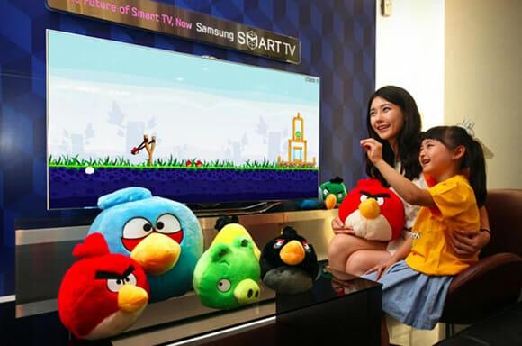 Nova TV Samsung com sensor de movimentos trará o game Angry Birds para sua sala!