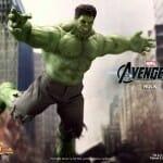 Action figure do Hulk oficial Hot Toys - Pra ser perfeito só faltou ter cabelo no peito!
