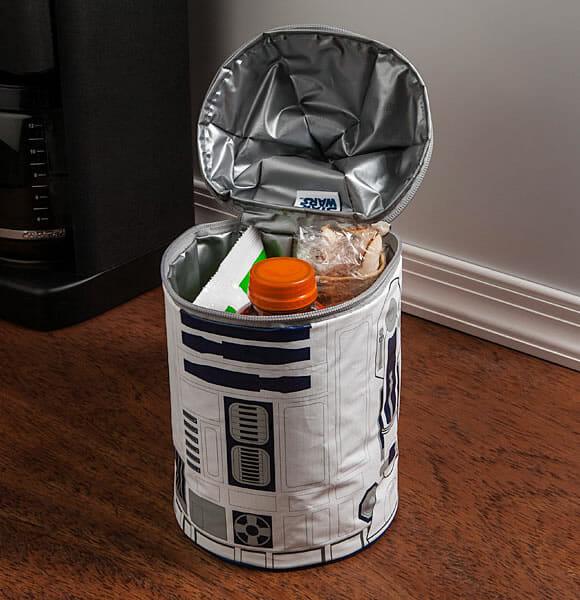 Bolsa térmica do R2-D2 tem luzes e emite sons fiéis aos do personagem