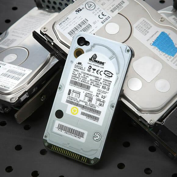 Capa transforma seu iPhone em um HD, ou quase isso...