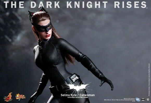 Action figure Hot Toys da Mulher Gato do filme Batman - O cavaleiro das Trevas Ressurge