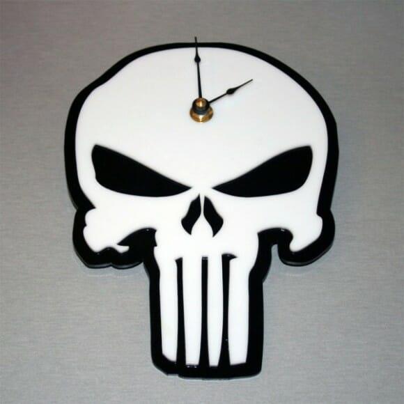 Relógios de parede baseados em super-heróis