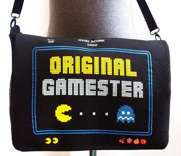 Bolsa do Pac-Man com estampa estilo 8-bits