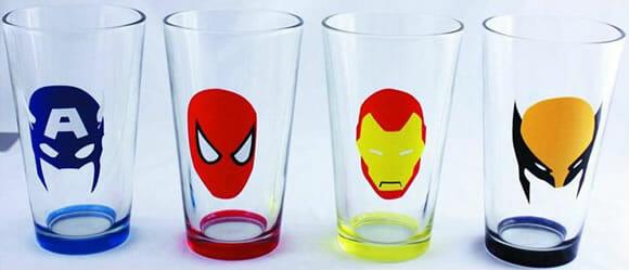 Copos de cerveja dos heróis da Marvel
