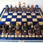 Set de xadrez do Doctor Who feito a mão tem alguns dos personagens e ícones mais famosos da série
