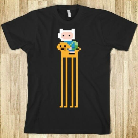 Camisetas com estampas dos personagens de Adventure Time estilo 8-bits