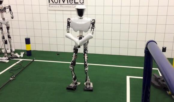 Vídeo de robô dançando Gagnam Style é mais divertido que o clipe original do PSY