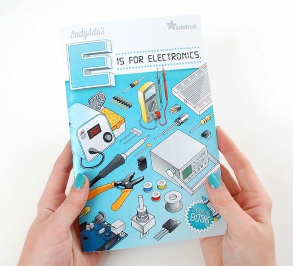 Livro infantil para Colorir traz figuras do mundo da eletrônica para ensinar crianças (vídeo)