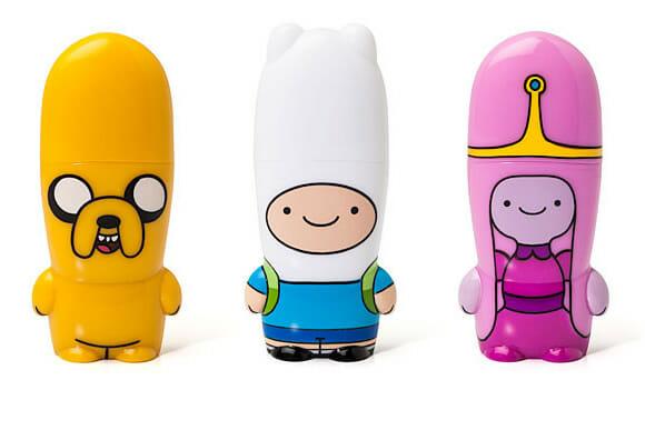 É Hora de Aventura com os pen drives do Finn, Jake e Princesa Jujuba!
