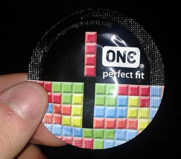 """Fabricante de preservativos usa Tetris na embalagem como marketing para o """"encaixe perfeito"""""""