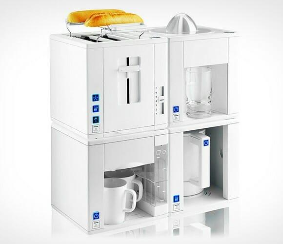 Compact4All é uma Torradeira, Cafeteira, Espremedor e Máquina de chá, tudo em um!