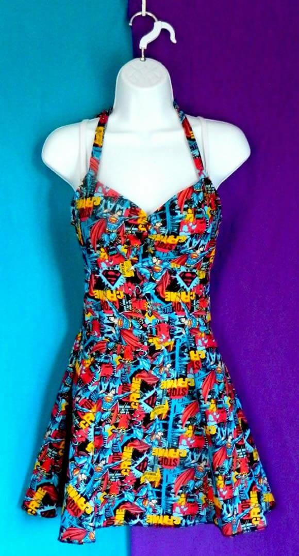 b107e578b4d Rebecca postou as imagens dos vestidos em sua página do Continue lendo.