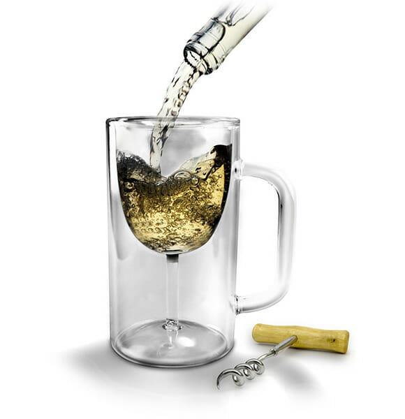 Vinho ou Chopp, tanto faz, com o Winestein você utiliza o mesmo copo!