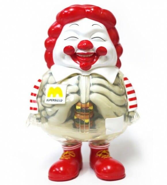 Anatomia do Ronald McDonald tem ossos e muitos hambúrgueres!