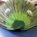 Os Vingadores se transformam em ouriços feitos com quadrinhos reciclados