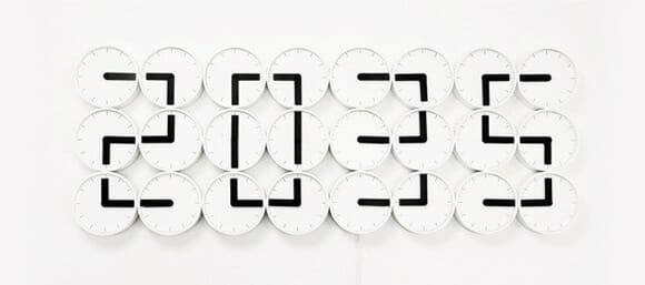 Clock Clock - Um relógio de parede esplêndido feito com... relógios!