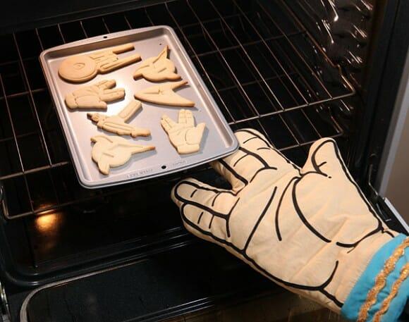 Cozinhar vai ficar mais divertido com a luva térmica Saudação Vulcano