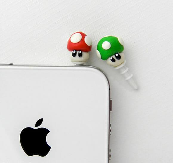 Plugs dos cogumelos do Super Mario para decorar celulares e smartphones