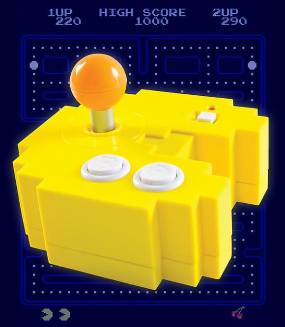 Console com o formato de um controle Pac-Man foi feito pra plugar e jogar direto em sua TV!