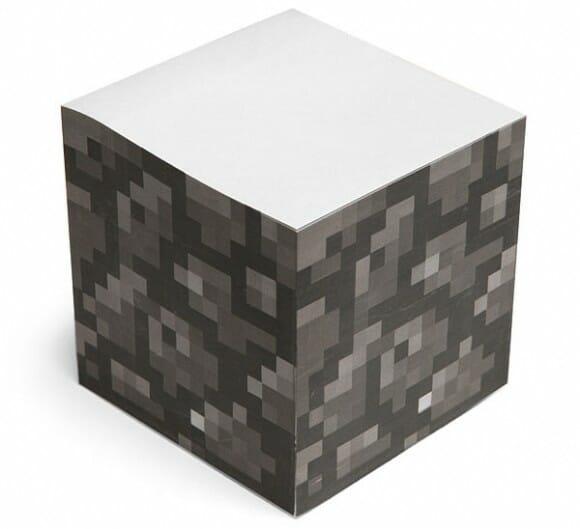 Bloco de notas pixelizado tem o formato de um bloco de pedra do game Minecraft
