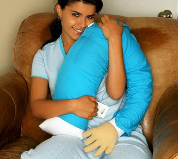 boyfriend-pillow_2