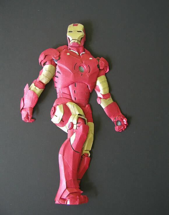 Esculturas incríveis de personagens famosos da cultura geek feitas com papel