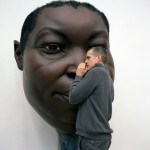 esculturas-realistas-humanos-gigantes_8