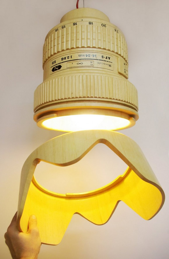 Luminária em forma de lente de câmera fotográfica é perfeita para amantes de fotografia