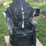 Throne of Nerds - Programador cria um trono feito de teclados baseado no Trono de Ferro de Game Of Thrones