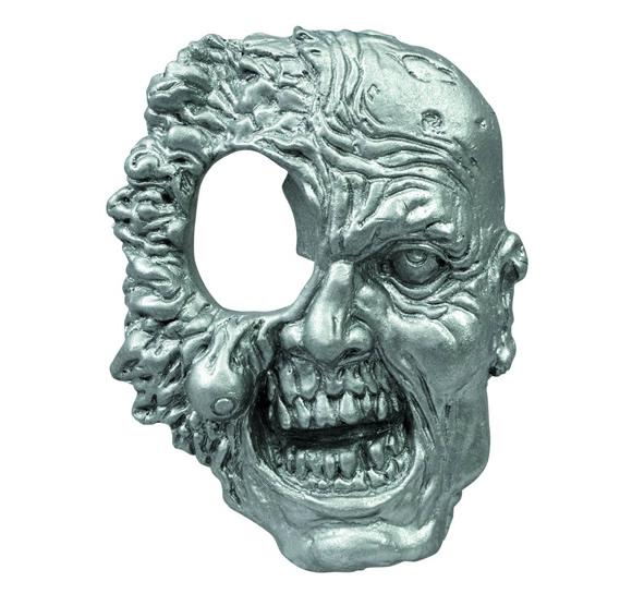 Abridor de Garrafas cabeça de zumbi inspirado na série The Walking Dead