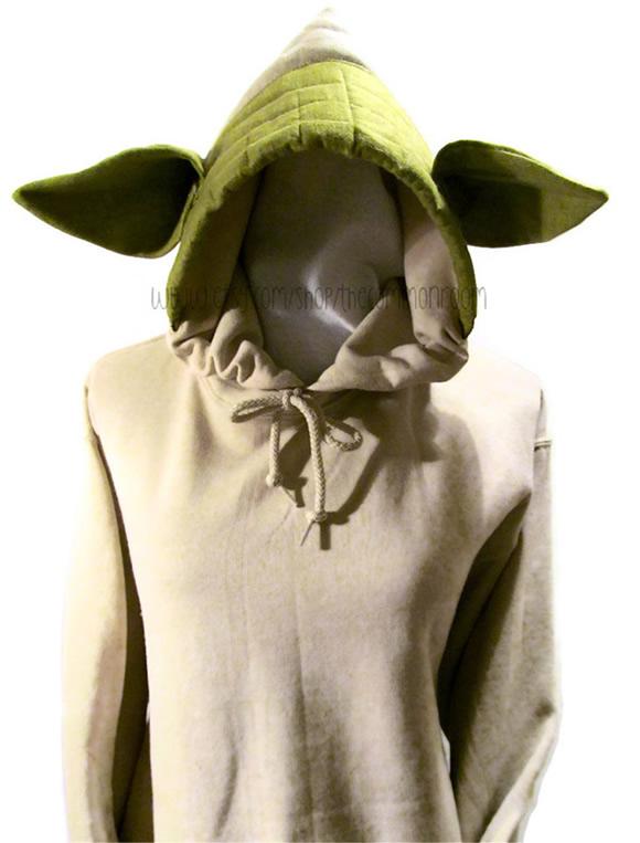 27130dcb75 Moletom com orelhas do Mestre Yoda te transforma em um verdadeiro Mestre  Jedi