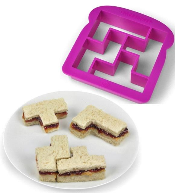 Fôrma corta o pão no formato de peças de Tetris e deixa o sanduíche mais legal